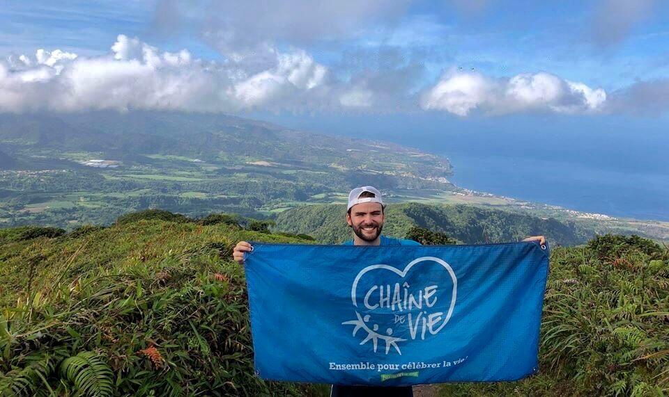 Frédéric Boucher au sommet de la montagne Pelée en Martinique